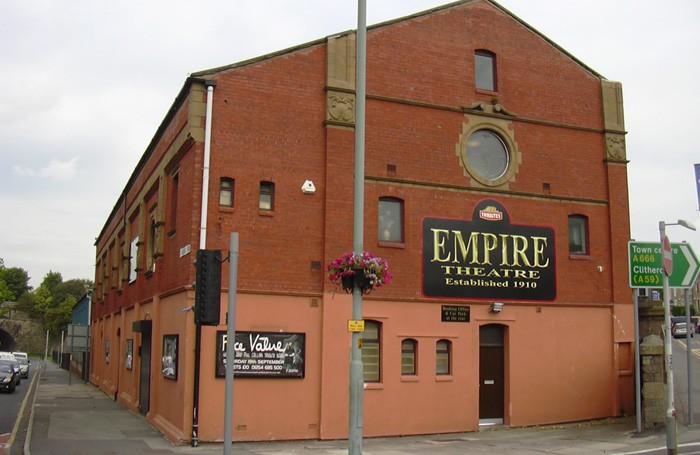 Thwaites-Empire-Theatre-Blackburn